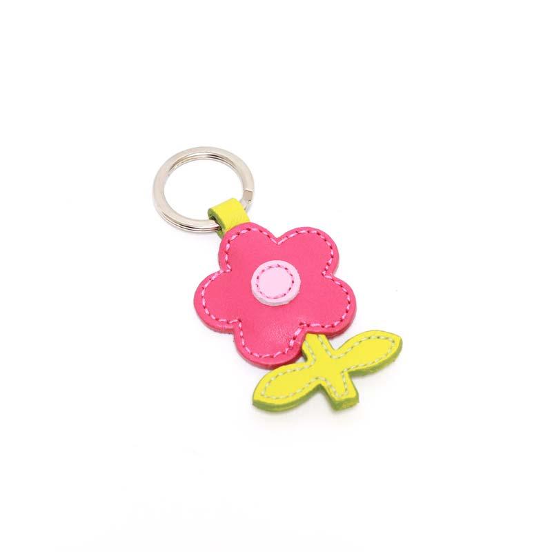 Leder Schlüsselanhänger in Blumenform Pink