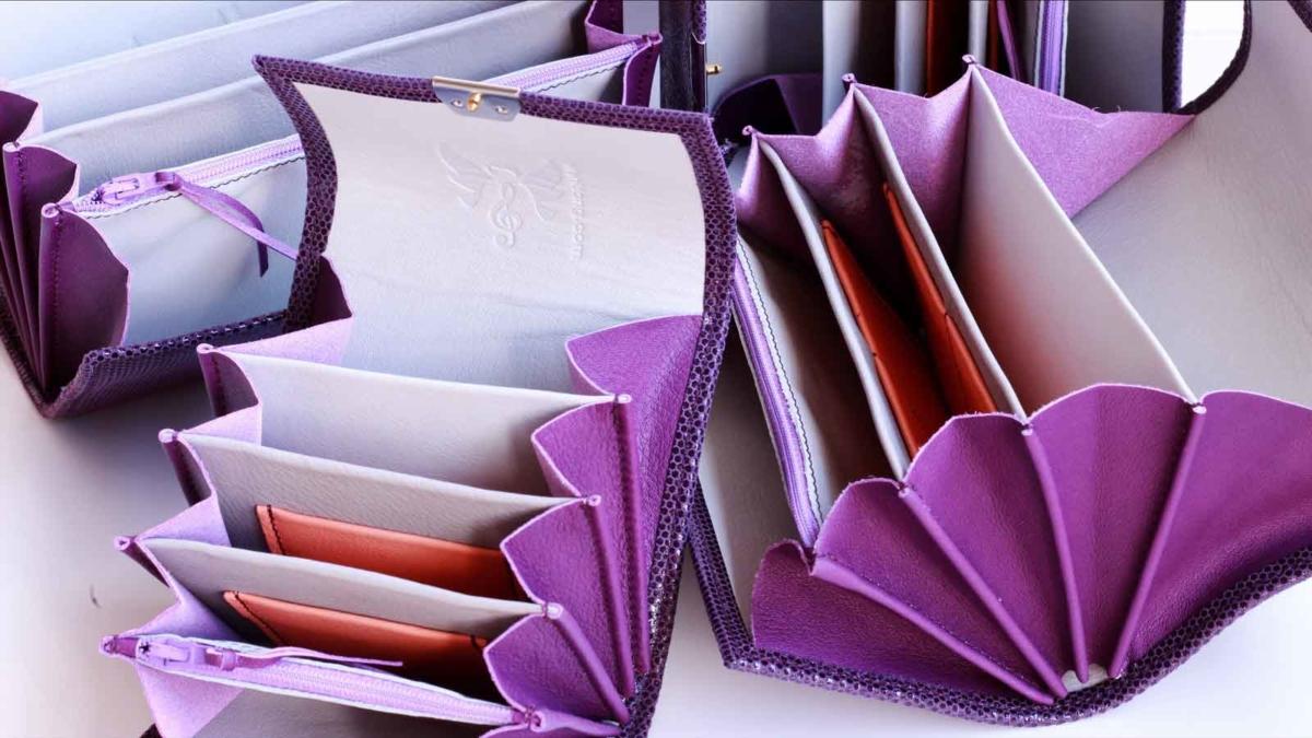 ausgefallene kellnerbörsen leder lila