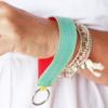 schlüsselanhänger für das handgelenk lederband elfenklang