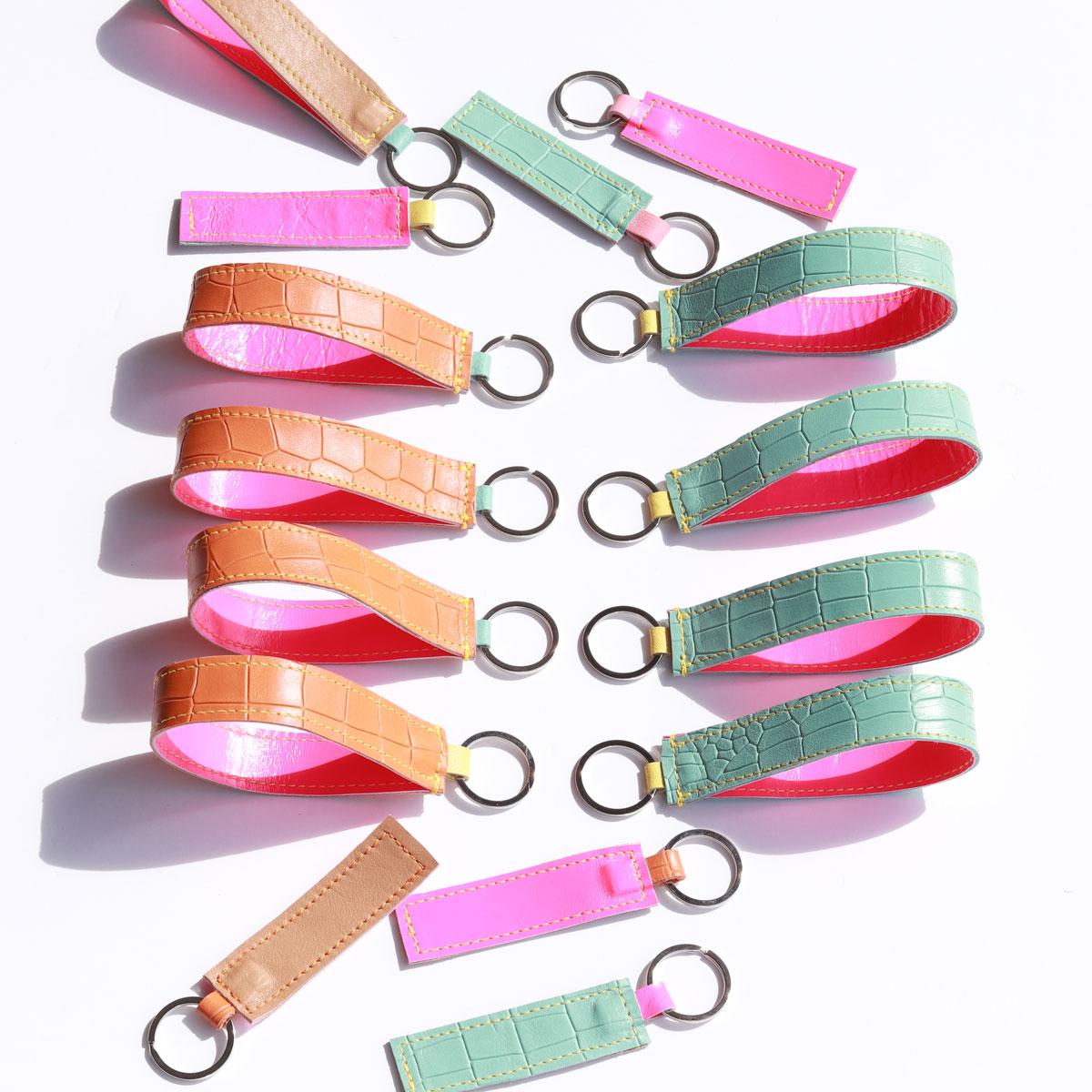 elfenklang schlüsselanhänger lederband kroko neon pink