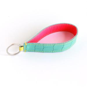 Lederband Schlüsselanhänger lang Kroko Mint