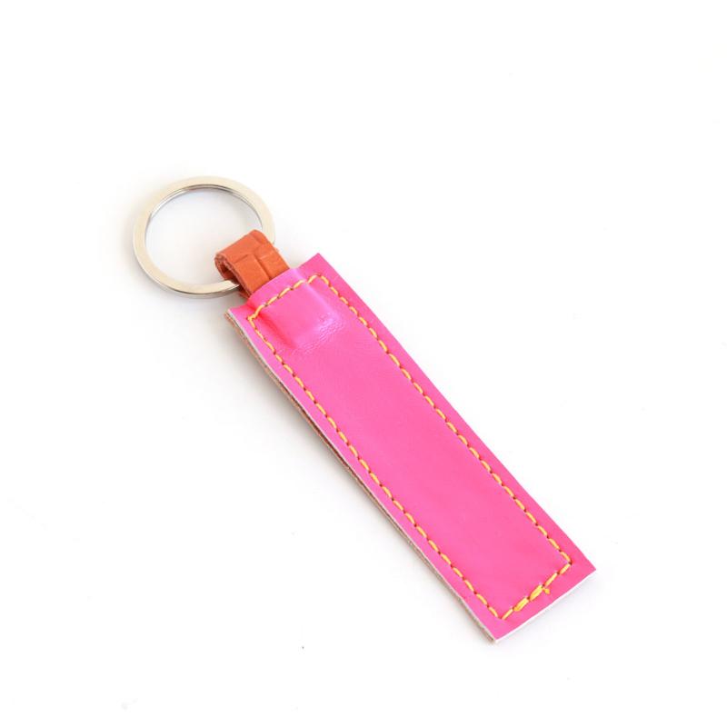Lederband Schlüsselanhänger kurz Neon Pink Braun 1