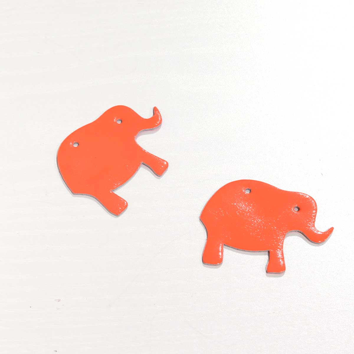 elfenklang elefanten neon orange