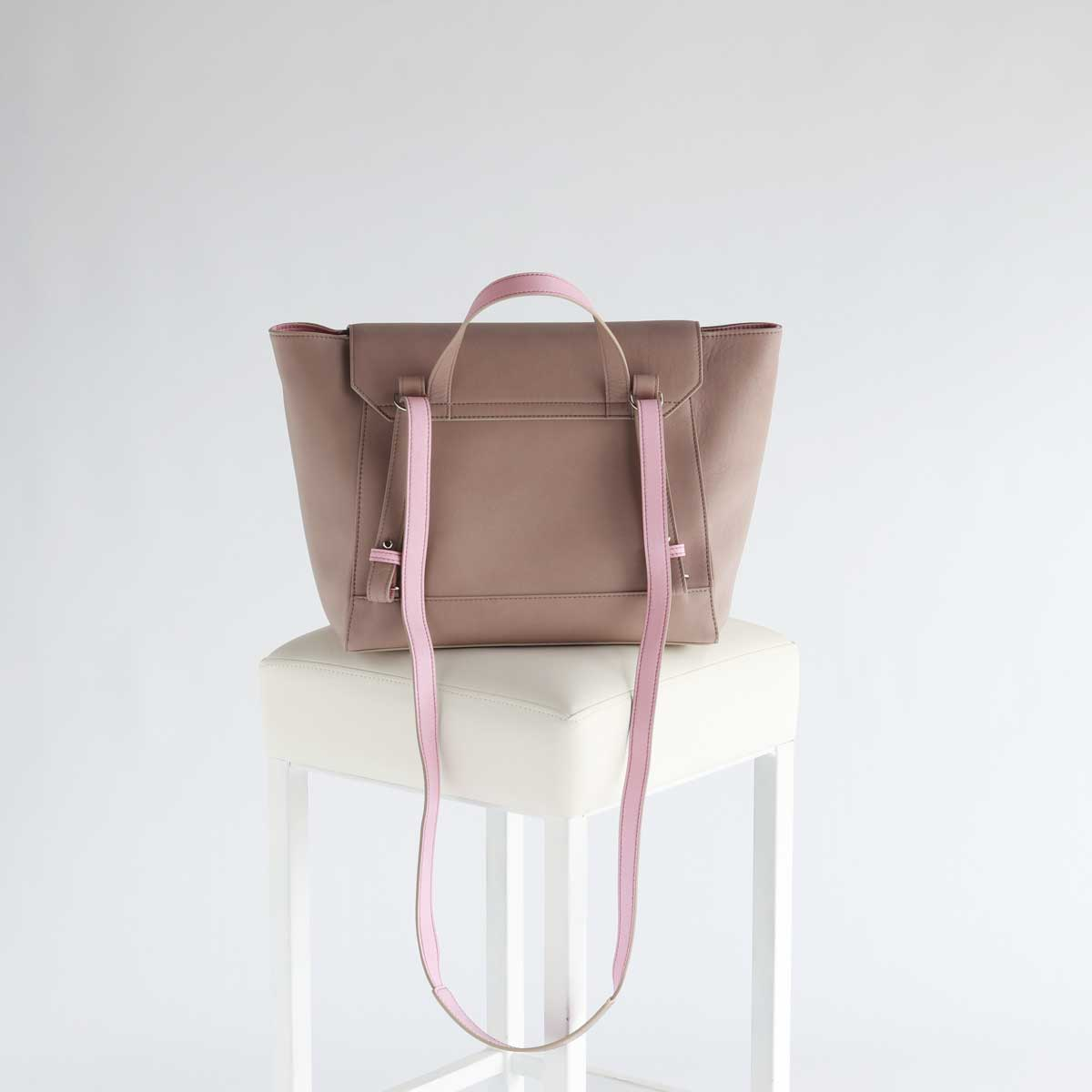 eleganter stylischer rucksack leder elfenklang